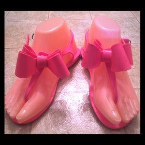 Girls hot pink sandals size 1/2